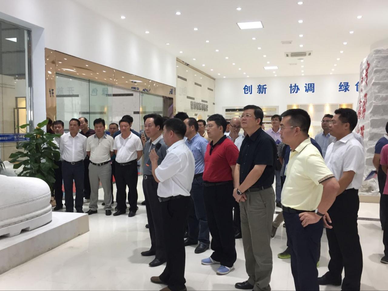 崇左市党政代表团到广西贺州旺高工业区考察