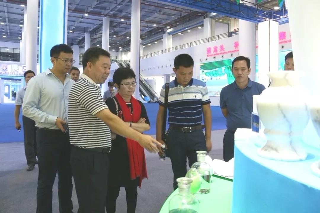 世界500强正威国际集团一行到贺州旺高工业区考察碳酸钙产业